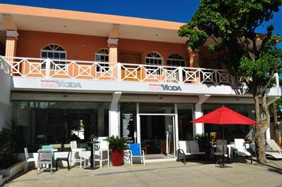 Casa moda decoration las terrenas live for Furniture stores in santiago dominican republic