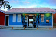 risto-colonial-lounge-restaurant-fishermen-village-las-terrenas-03-p