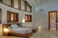 Seventh bedroom, Villa Ocean Lodge, Los Nomadas, beachfront