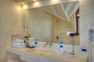 View of the bathroom of the second main bedroom of the Villa del Mar, facing the sea