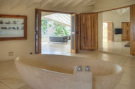 View of the bathroom of the main bedroom of the Villa del Mar, facing the sea